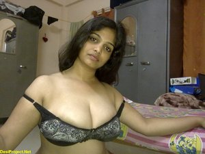 Beautiful Telugu Aunty from Hyderabad