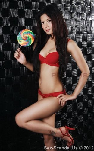 Indonesian Model Novie Amelia Semi-Nude Jailhouse Photos After Mowing Down Seven With Her Car, Taiwan Celebrity Sex Scandal, Sex-Scandal.Us, hot sex scandal, nude girls, hot girls, Best Girl, Singapore Scandal, Korean Scandal, Japan Scandal