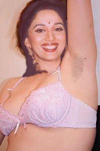 Madhuri Dixit Nude Showing her Boobs n Pussy in Open [Fake]