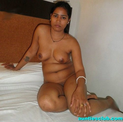 Kerala Desi Nude Aunty Shows Breast