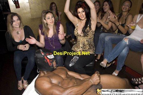 Twinkle Khanna Nude