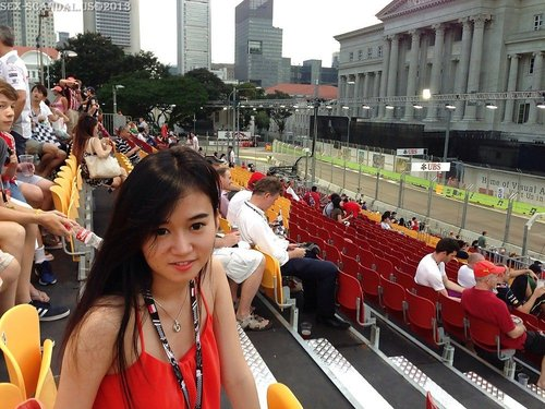 Amateur Chinese Girl Travelling to Singapore